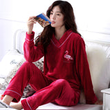 Madame Noy Winter collection tendance femme asiatique pyjama cole en V gris red pajama sets / XXL Madame Noy | Mode, Lifestyle & Déco | Thaï | Lao | Khmer | Viet