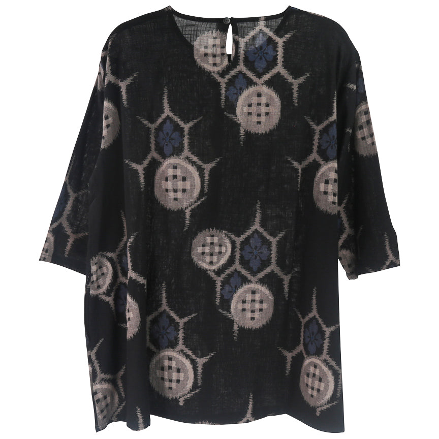 Mona Lisa Simple Pullover, Buttons Print-Black