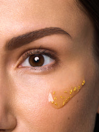 revitalizing and detoxifying mask with 24k gold flakes thumbnail