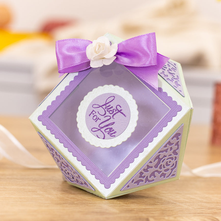 Gemini Die by Crafters Companion - Dimensionals - Faceted Favour Box