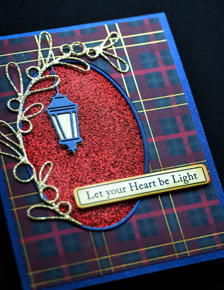 Poppystamps Die - Simple Lantern Oval - 2402