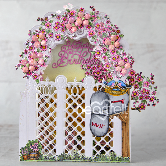 Heartfelt Creations - Lattice Flourish Gateway Die -  HCD2-7338