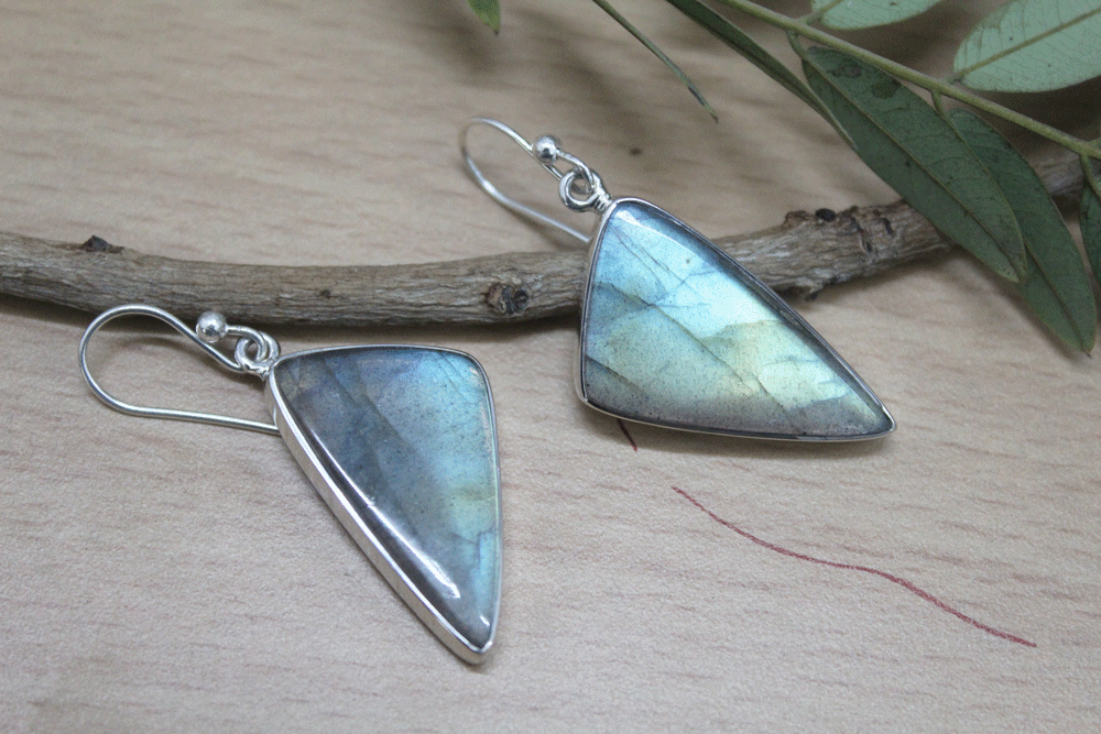Labradorite Sterling Silver Earring, Flash Fire, Bezel Setting, Size 24X13mm