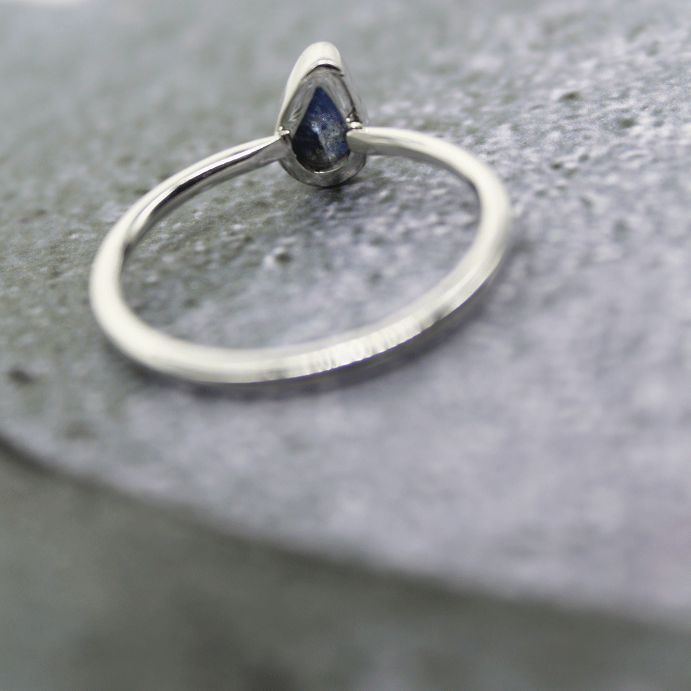 Blue Sapphire Rough Stacky Ring, Size 8