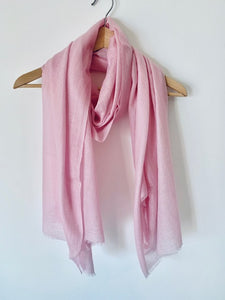 Fine Mongolian Cashmere Scarf in Pink