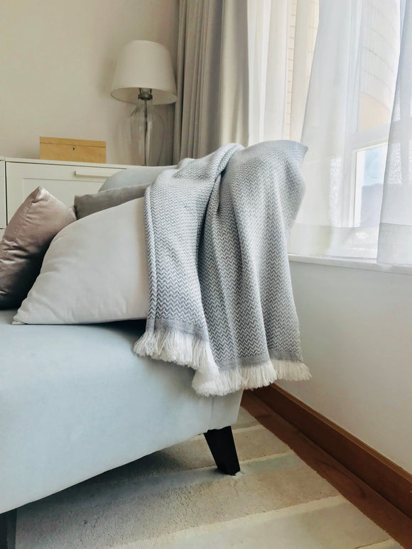 Nepalese Cashmere Blanket in Grey