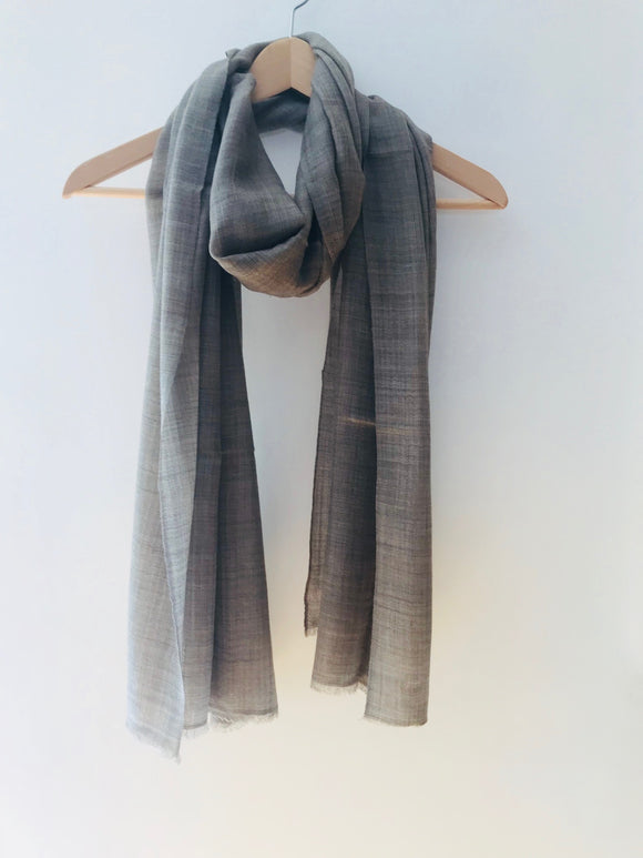 Super Fine Nepalese Cashmere Scarf in Grey
