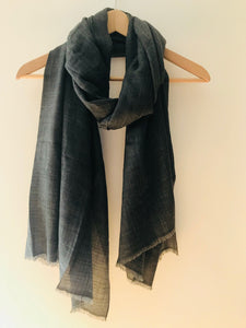 Super Fine Nepalese Cashmere Scarf in Charcoal Grey