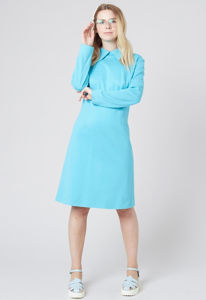 Robyn - Vintage Midi Dress in Blue with Large Collar and Long Sleeves - Staying Alive Vintage