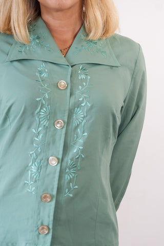 Zoey - 70's Blouse in Green with Floral Embroidered Detail