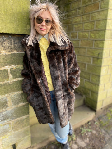 Rita - Vintage Faux Fur Coat in Brown