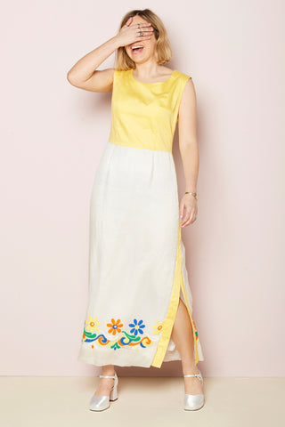 Iris - Vintage 70's Maxi Dress in White and Yellow with Floral Detail - Staying Alive Vintage