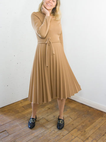 Grace Hopper - Vintage 60s Dress with Pleated Skirt in Cream - Staying Alive Vintage
