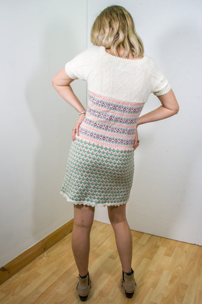 Enchanta - 90s Short Sleeves Knitted Dress in Multi colour