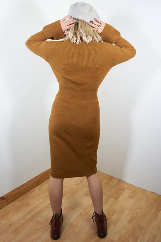 Megan - Vintage 70s Knitted Midi Dress in Brown