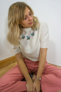 Odella - 90's Jumper  in Cream with Floral Detail - Staying Alive Vintage