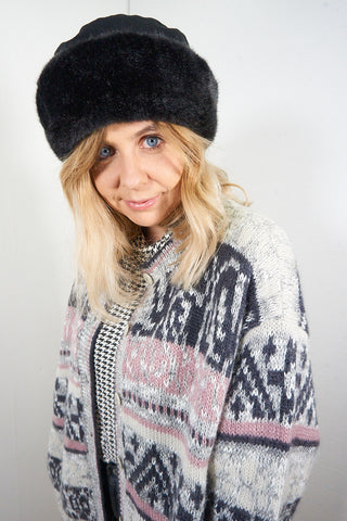 Patsy - Vintage 90s Fluffy Hat in Black