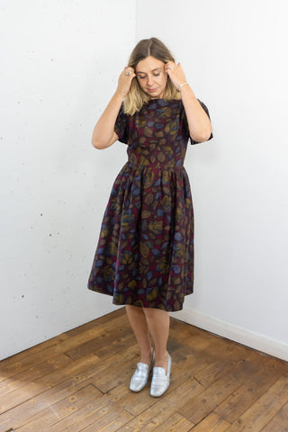 Peach - Vintage 60's Midi Dress in Brown with Pleated Sleeves
