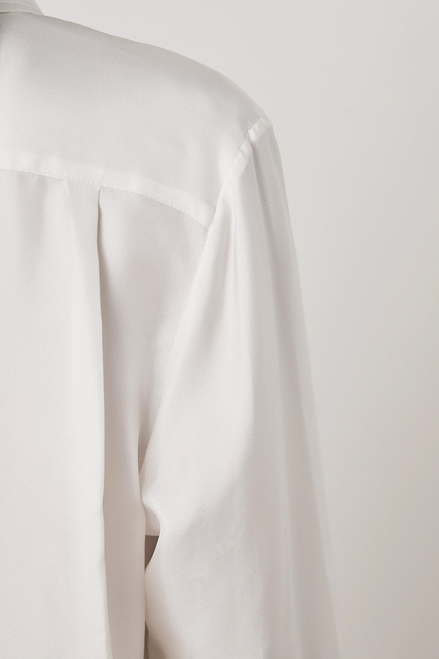 CLASSIC OFF WHITE - Marianne - Luxury Women's Silk Tailored Shirts and Scarves