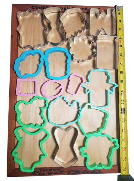 "Cookie Dough/Fondant Wood Rolling Board, inside working area 11"" x 17"""