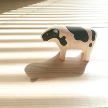 Load image into Gallery viewer, Pole Pole Wooden Animal Cow