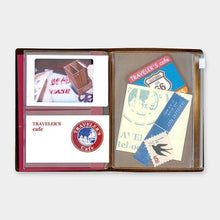 Load image into Gallery viewer, Traveler's Notebook Refill 004 Zipper pocket - Passport Size