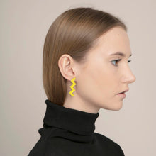 Load image into Gallery viewer, Zs Earrings Yellow