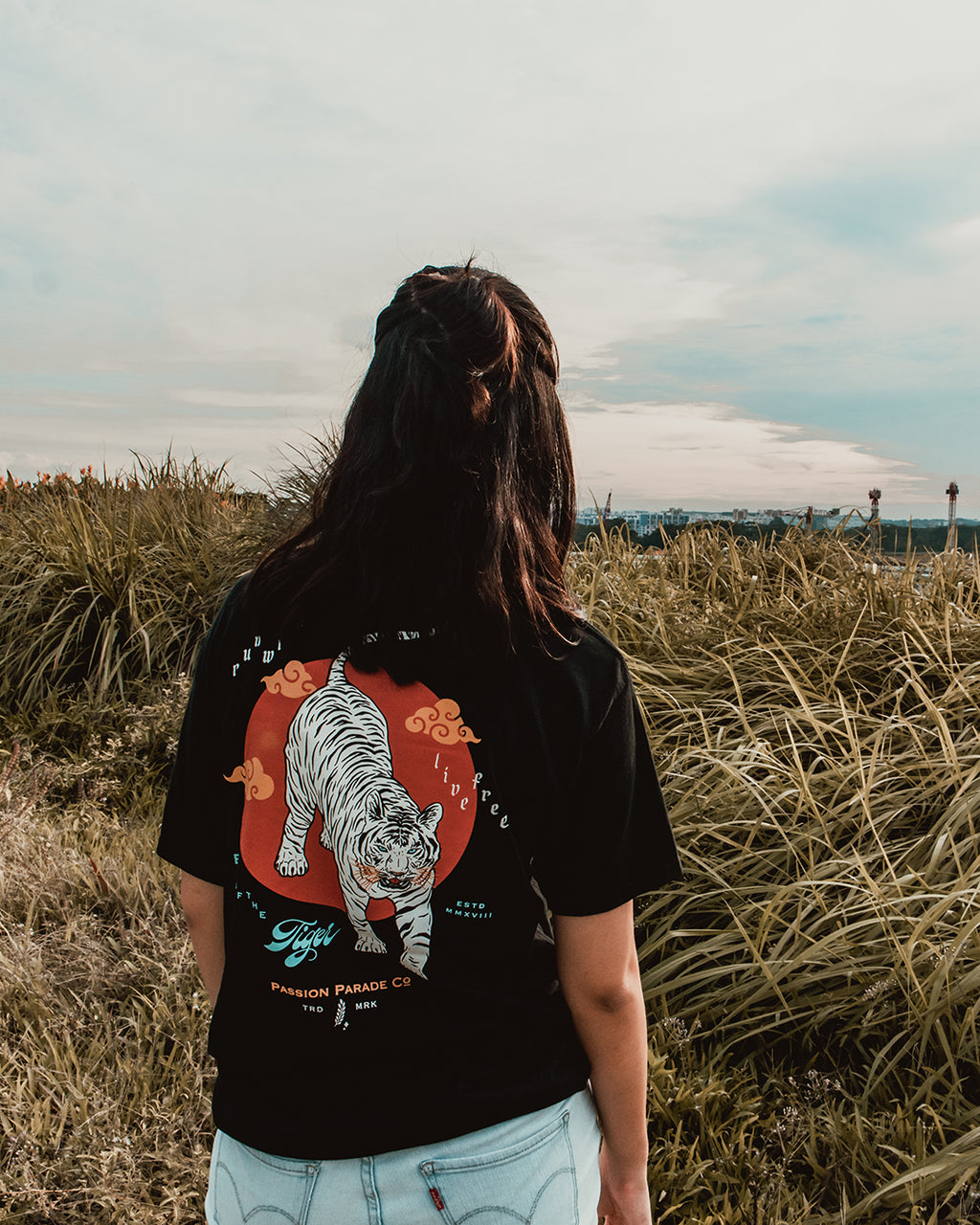 Run Wild, Live Free ✶ T-Shirt - Passion Parade Co.