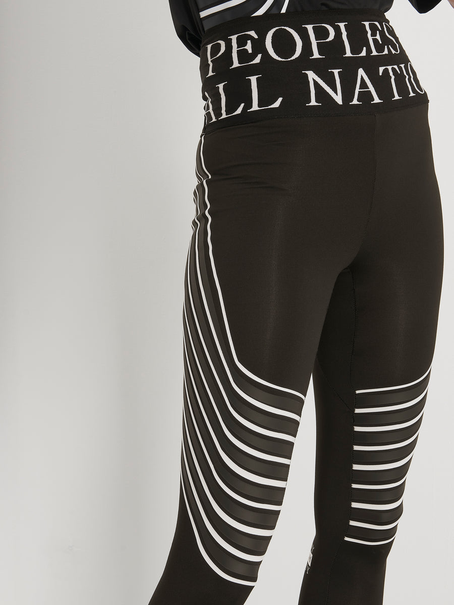 Close up of  Poan sports leggings