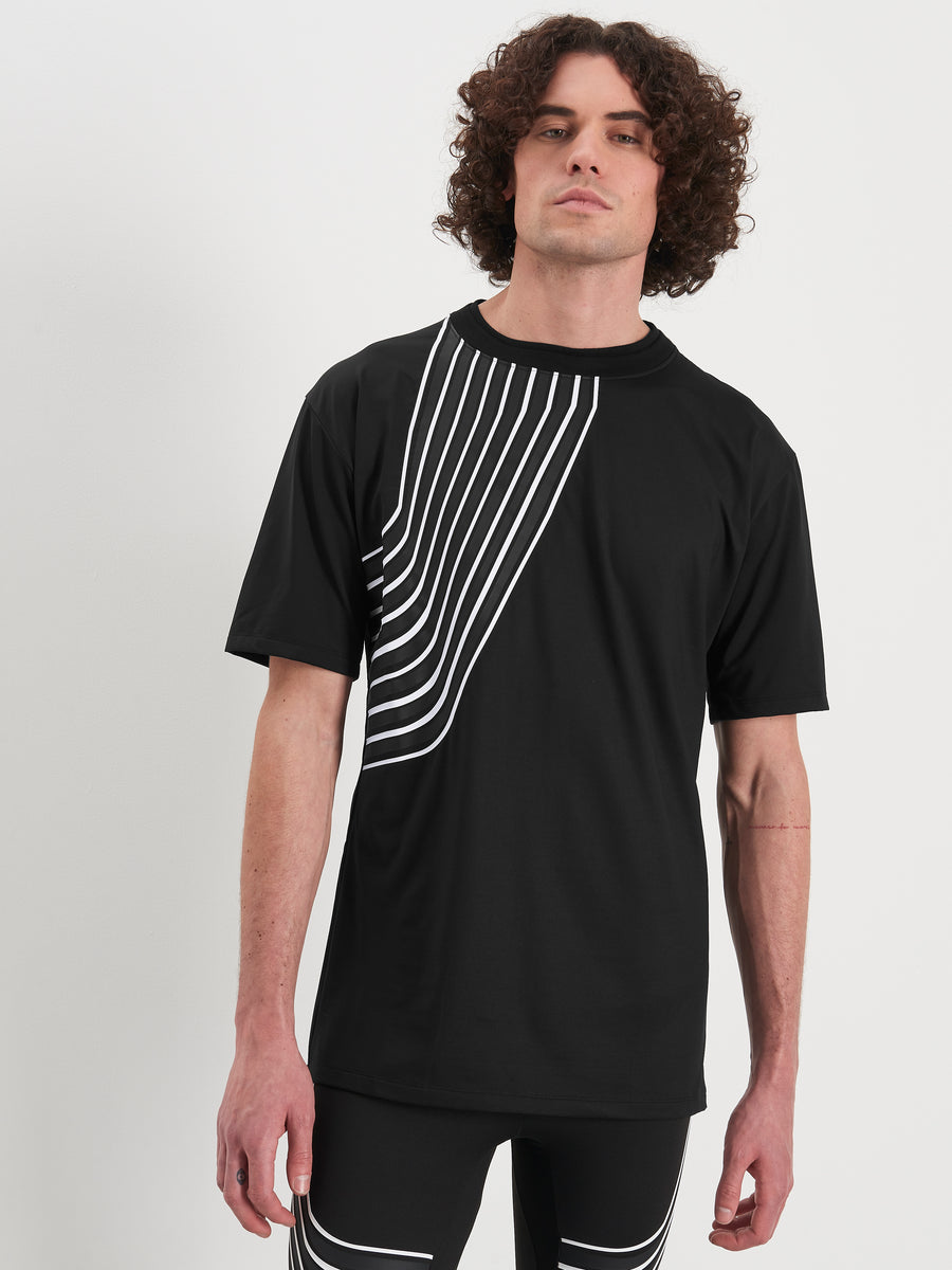 Striped sports t-shit in black