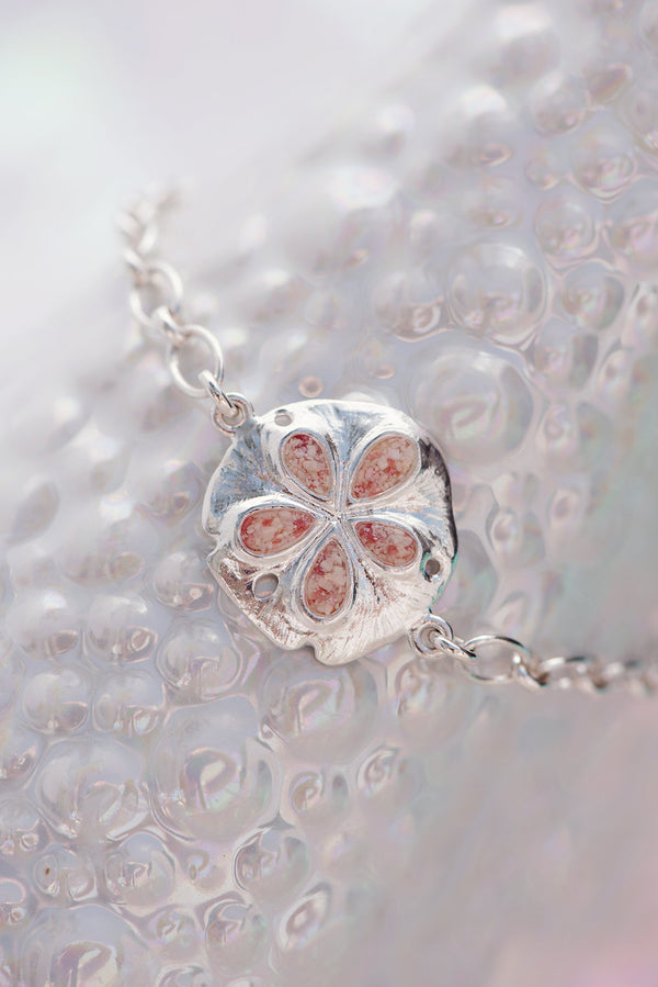 Friends ~ Inline Medium Sand Dollar Bracelet