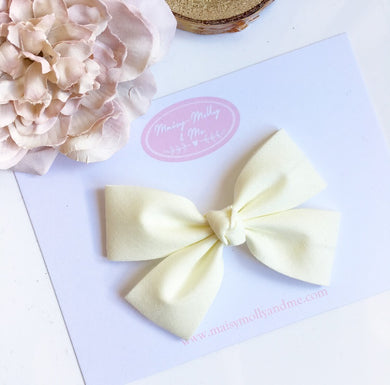 Cream double fold knot bow