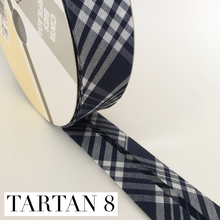 Load image into Gallery viewer, Tartan double fold bow