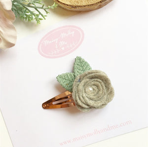 Grey heathered  hand rolled rose snappy clip