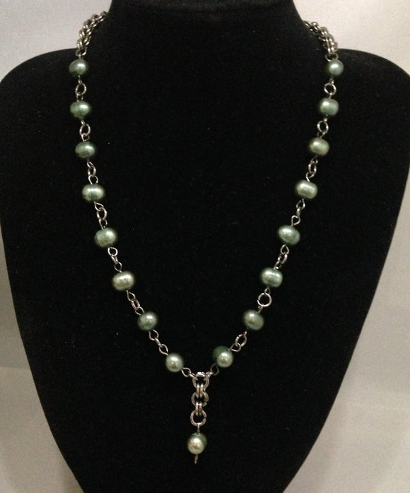 Green Pearl & Gunmetal Chain Maille Necklace & Earring Set