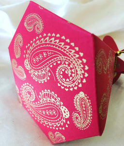 Paisley Print Prism Favour Box with Gold Twine 10pk