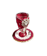 Load image into Gallery viewer, Velvet Brooch Chalice