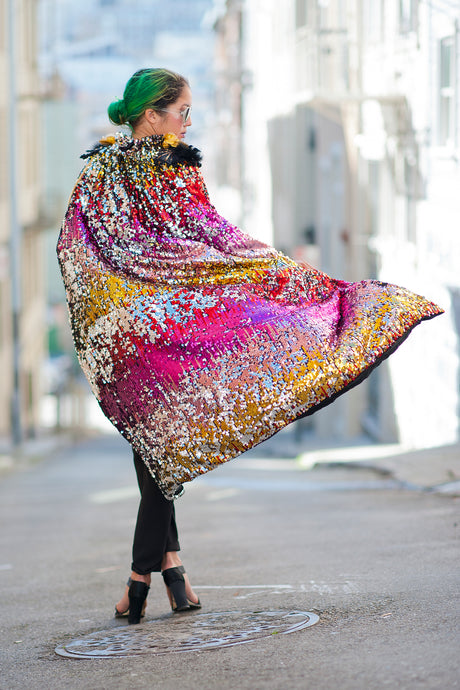 Rainbow Magic Sparkle Qween Sequin Cape