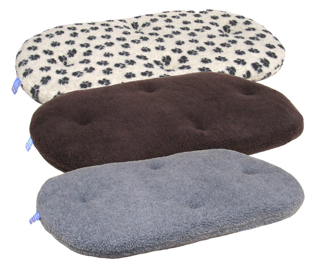 P&L Country Dog Oval Fleece Cushion Dog Beds.