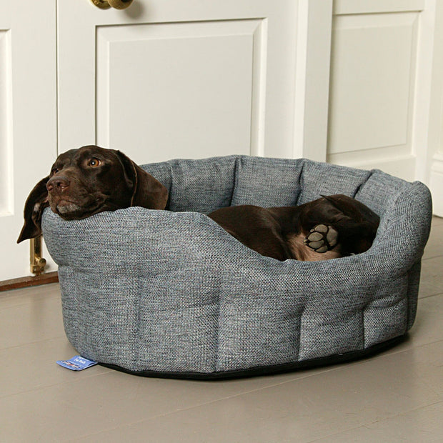 P&L Country Dog Heavy Duty Oval High Sided Basketweave Dog Beds.