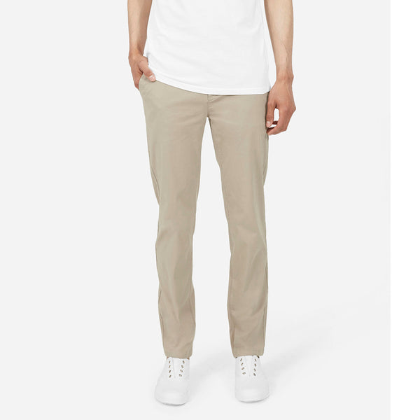 The Midweight Slim Chino