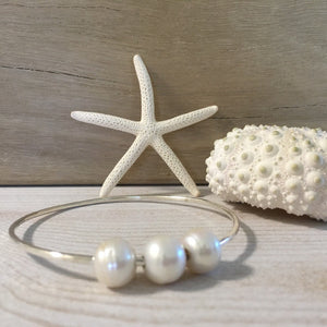 west_of_the_waves_triple_pearl_bangle