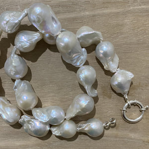 Baroque Pearl (large) Necklace