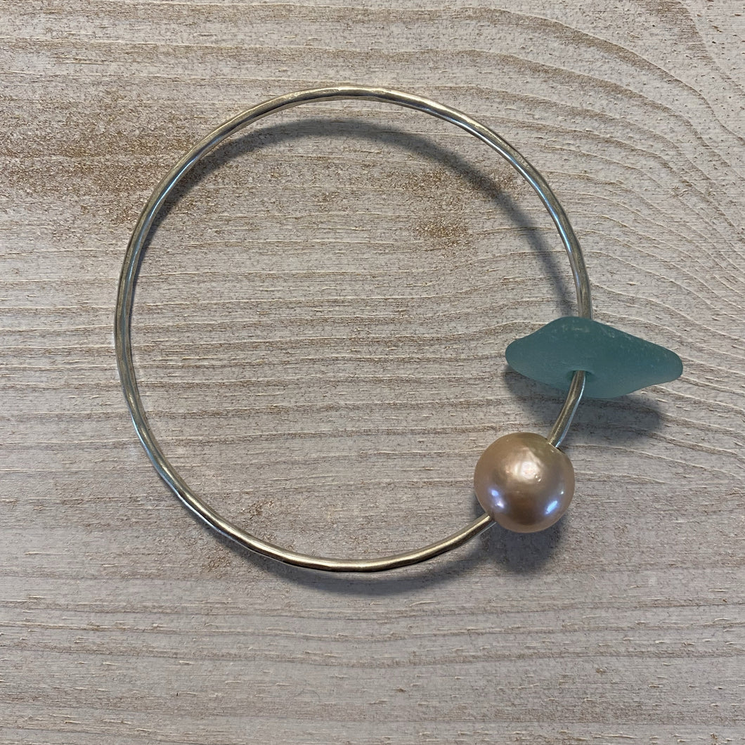 Bangle w/ Pearl & Sea Glass