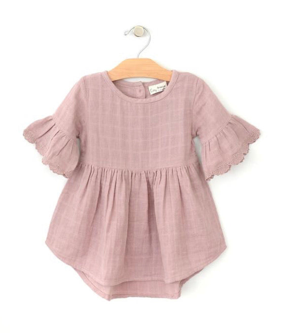 City Mouse Muslin Mauve Flutter Sleeve Dress