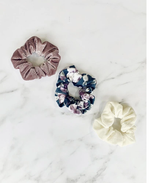 Bailey's Blossom Stephanie Scrunchie Set - Ivory, Mauve and Floral