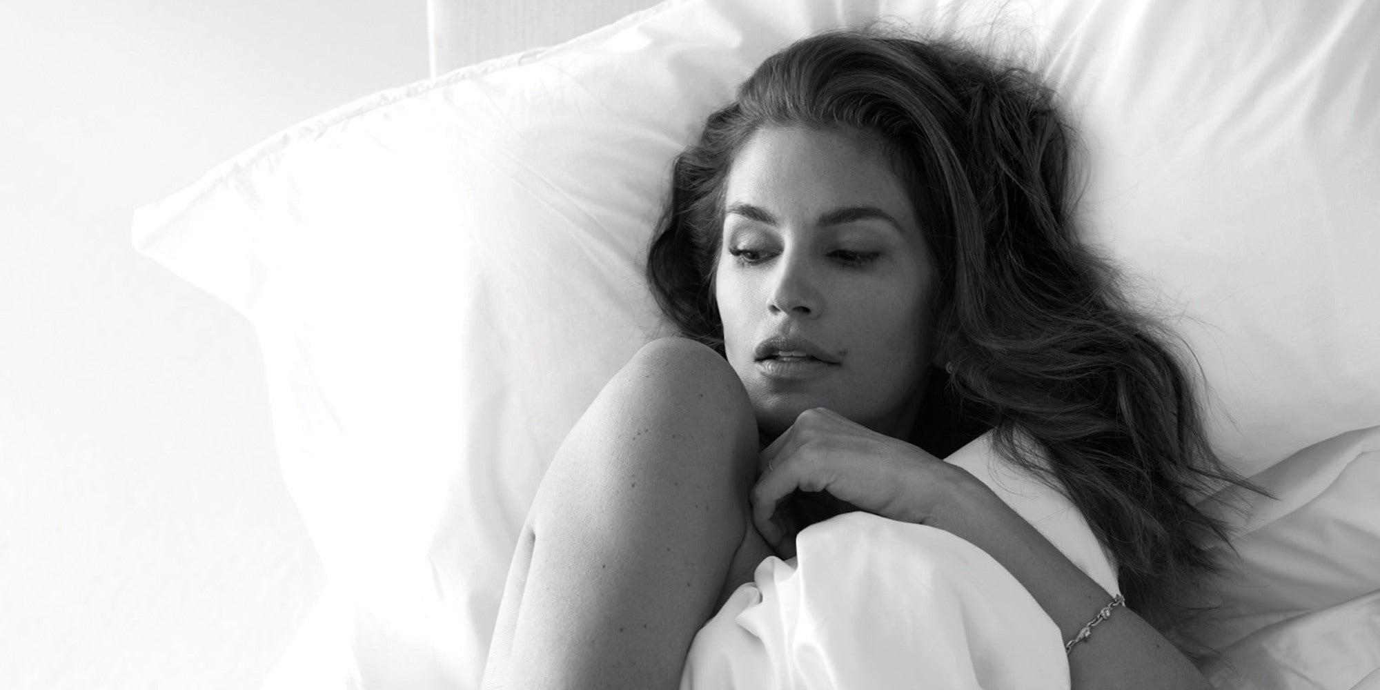 Cindy Crawford Has a Specific Formula for Wellness & It Includes Oxygenetix