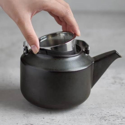"Kinto ""Leaves To Tea"" Teapot"