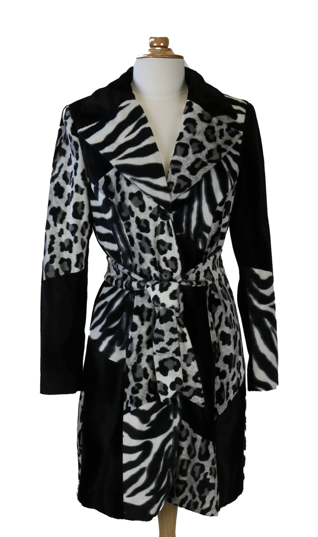BEBE FAUX FUR ANIMAL PRINT COAT SIZE S