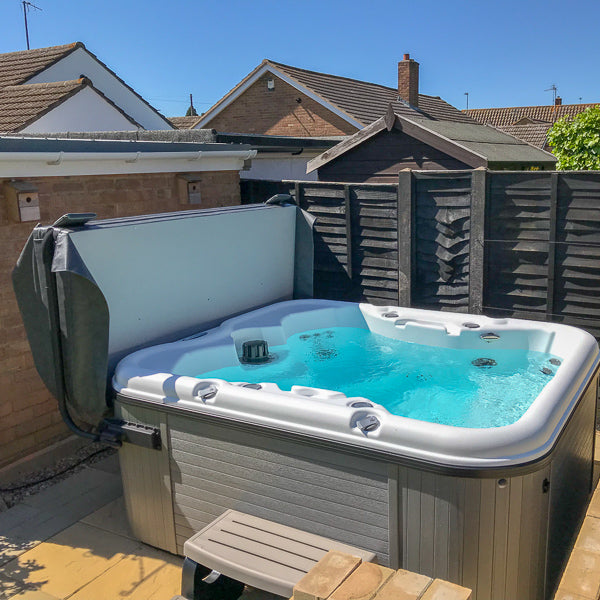 Cove C500 Holiday Park 26 Jet Hot Tub
